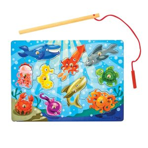Magnetic Wooden Puzzle Game Set: Fishing (10 Pieces)
