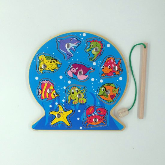 Round Magnetic Wooden Fishing Puzzle (10 Pieces)